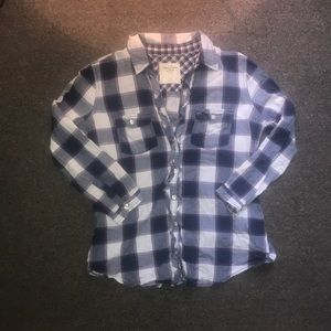 Abercrombie & Fitch button down. Women's. Size S.